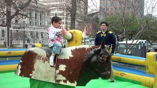 4 Year Old Kid, Riding a MECHANICAL BULL!!
