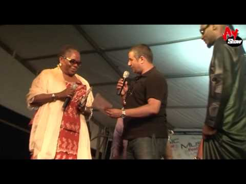 Ras Kimono Performs With 2face Onyeka Onwenu Bright Chimezie...