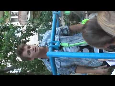 Алексей Воробьев рассказывает про свой первый поце