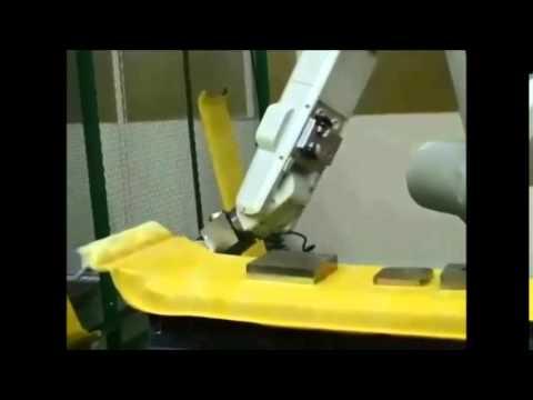 רובוט תעשייתי 12 מבית Mitsubishi Electric