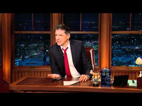 Craig Ferguson Argues With Geoff The Robot