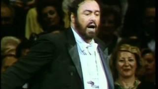 Luciano Pavarotti Video - Luciano Pavarotti-Marechiare