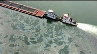 1 Million Gallons of (Oil) Could Leak from Barge  3/23/14