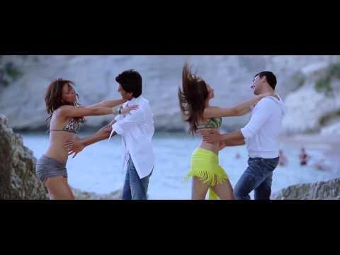 Lara Dutta, Deepika Padukone Hot shake (HD)