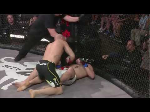 Bellator 62 Moment: Rick Hawn TKO&#039;s Ricardo Tirloni