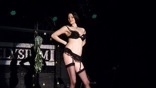 Miss Scarlett Black - Burlesque In Reverse