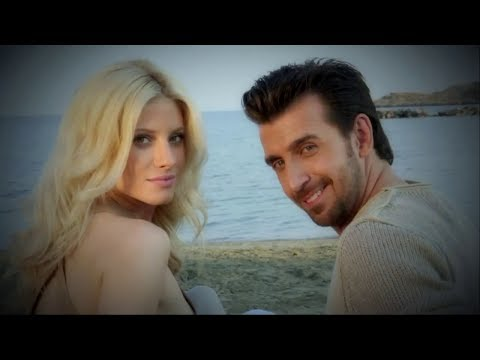 Thanos Petrelis - Poia na sigrithi mazi sou - Official Video Clip (HQ)