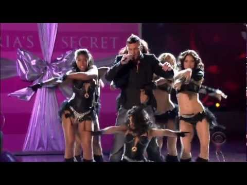 HD 2005 The Victoria's Secret Fashion Show Part 5 5  Ricky Martin Performance – Leaked Video