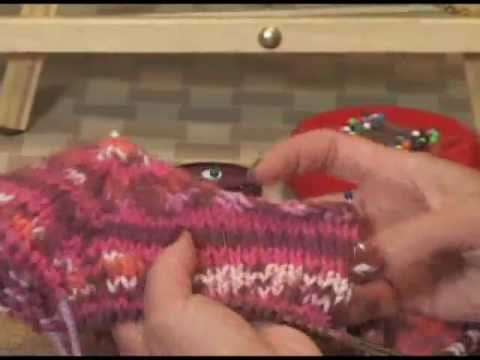 Knitting Instructional: How to Pick Up Stitches for Your Neckband - YouTube