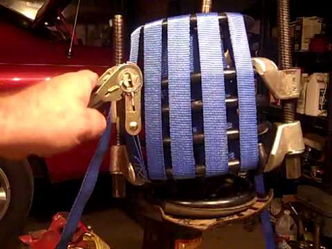 0 How to compress a coil spring with ratchet straps