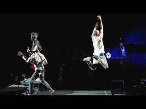 Linkin park - In My Remains Live Bristow,Virginia 2012