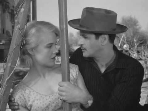 Baby Doll (1956) - Getting familiar