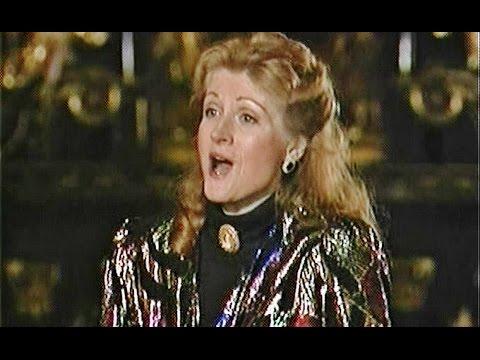 Lynn Maxwell, Holy Art Thou - Diane Bish