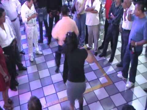 24 aniversario sonido inmensidad de gabriel en SALON CARIBE SONIDO SUPER DENGUE willy colon, hector lavoe {timbalero}  12 mayo 2011
