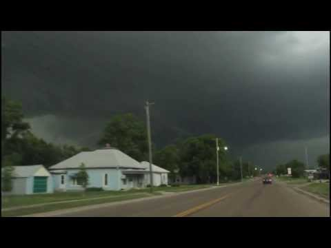South Brisbane Storms USA 2013: May 27th Storm Chase (Supercell) Phillipsburg, Smith Center: Kansas