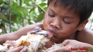 Primitive Technology - Eating delicious - Wow Tow boy cooking chinken recipe