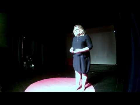 Не заводите детей | Анна Титович | TEDxMahilyow