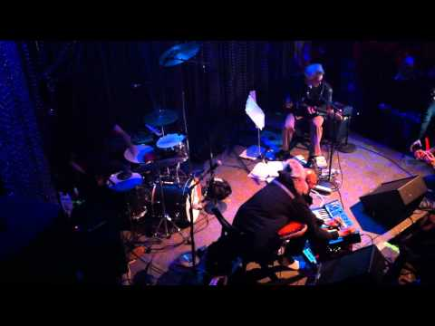 marc ribot's ceramic dog--the wind cries mary