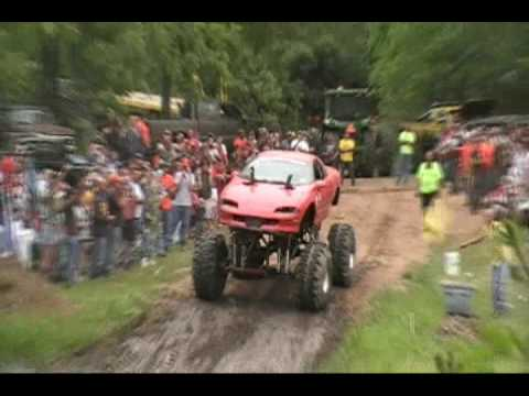 4x4 Trucks Mud pit Unlimted Class Part 2 Good Times 4x4's June 7 2009 Video