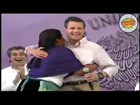 Indígena Purepecha manosea a Enrique Peña Nieto y EPN dice 'chichota' | 2014