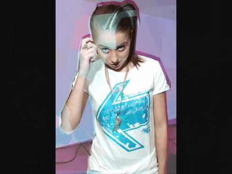 Lady Sovereign - Ch Ching (Cheque 1 2)