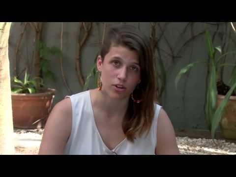 http://www.greenpeace.org.ar/camila Testimonio de Camila Speziale, activista argentina de Greenpeace que hoy permanece detenida junto a otros 29 ambientalistas en alta mar en Rusia tras una...