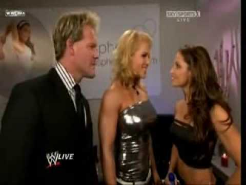 Trish Stratus Hosting Raw (Sept 14/09) Part 1 Video