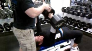 Female Bodybuilder Justine Dohring_DB Bench Press.wmv