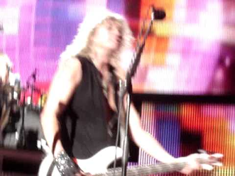 Def Leppard (Rick Savage Footage) Clarkston MI July 24 2009 Video