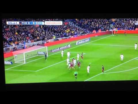 Pique goal vs Real Madrid