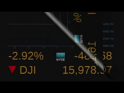 US stocks slump; Dow briefly plunges 1,000 points