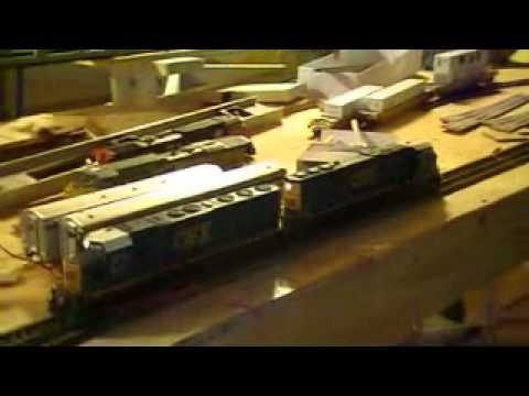 csx sd45-2 and csx sd60i Athearn Genesis loco review may 15 2011