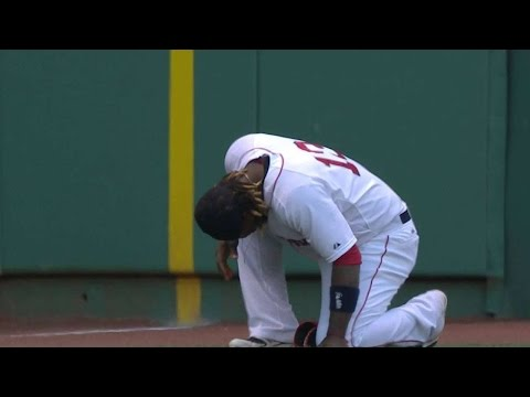 TB@BOS: Hanley exits game, no-catch confirmed in 1st