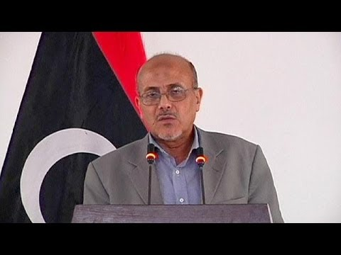 Libya: Government condemns violence as rebels fight over Tripoli airport