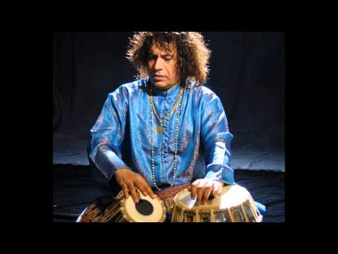 Ustad Tari Khan - Tabla Solo - 10.5 Matras beats video