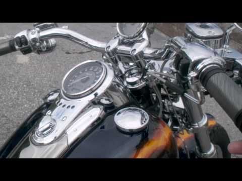 FXDF2 CVO DYNA FATBOB_Screamin' Eagle Street Performance Slip-On Mufflers
