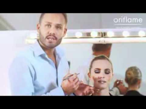 Видео как красить губы