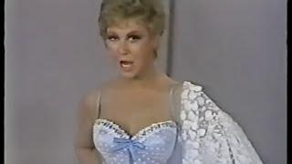 Watch Frank Sinatra Alice Blue Gown video