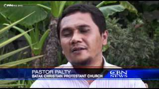 AMAZING COURAGE: Brave Christians worship in hostile streets of Indonesia!!!!!!