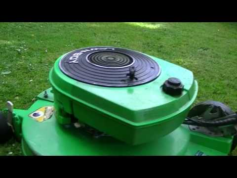 how to clean a lawn boy carburetor