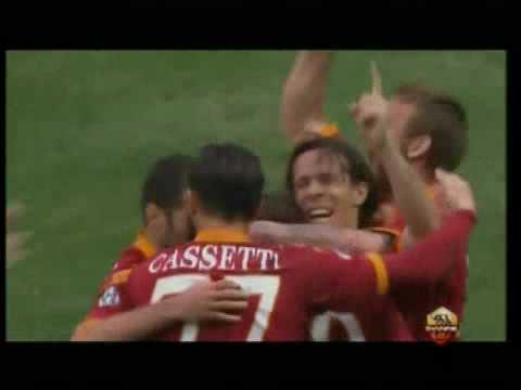 Parma - Roma 1-2: il gol di Rodrigo Taddei