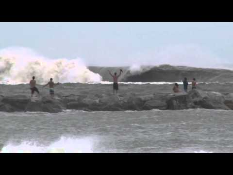 Hurricane Sandy Surfing - Pumphouse Tow In Barrel - FL Surfing