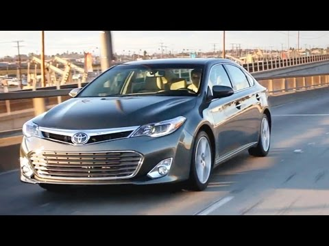 2013 Toyota Avalon Video Review - Kelley Blue Book