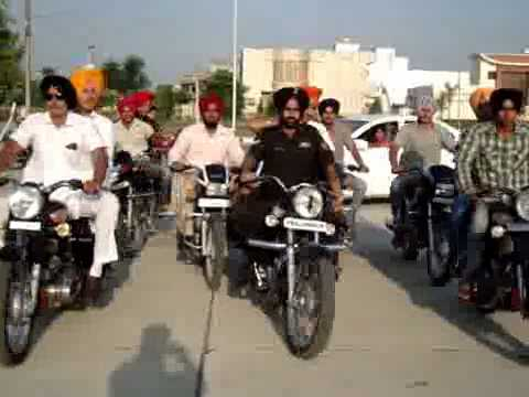 Bullet Stunt In Punjab Turban Tying On Bike Turban Coach Ferozpuria (bathinda)94635-95040 video