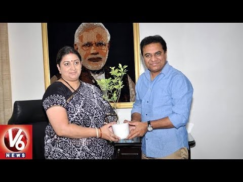 KTR Meets Union Minister Smriti Irani Over Handloom Sector Development In Telangana | V6 News