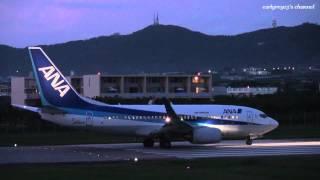 石垣空港 Air Nippon (ANK/ANA) Boeing 737-700 JA15AN 離陸 2011.10.21