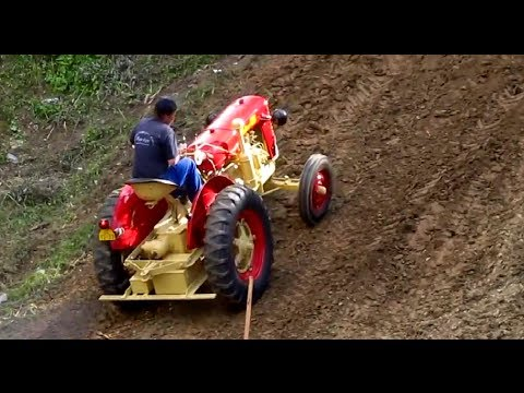 Dangerous Tractor EXTREME HILL CLIMB 2014