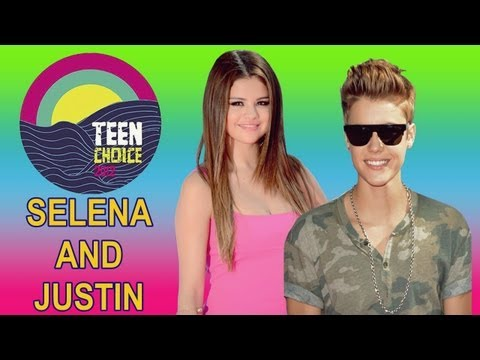 Justin Bieber and Selena Gomez Teen Choice Awards 2012