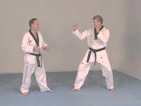 Taekwondo combat - Technique de comptiton Image 1