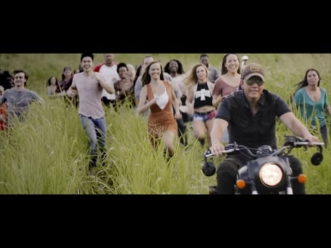 Rodney Atkins - Caught Up In The Country Official Music Video